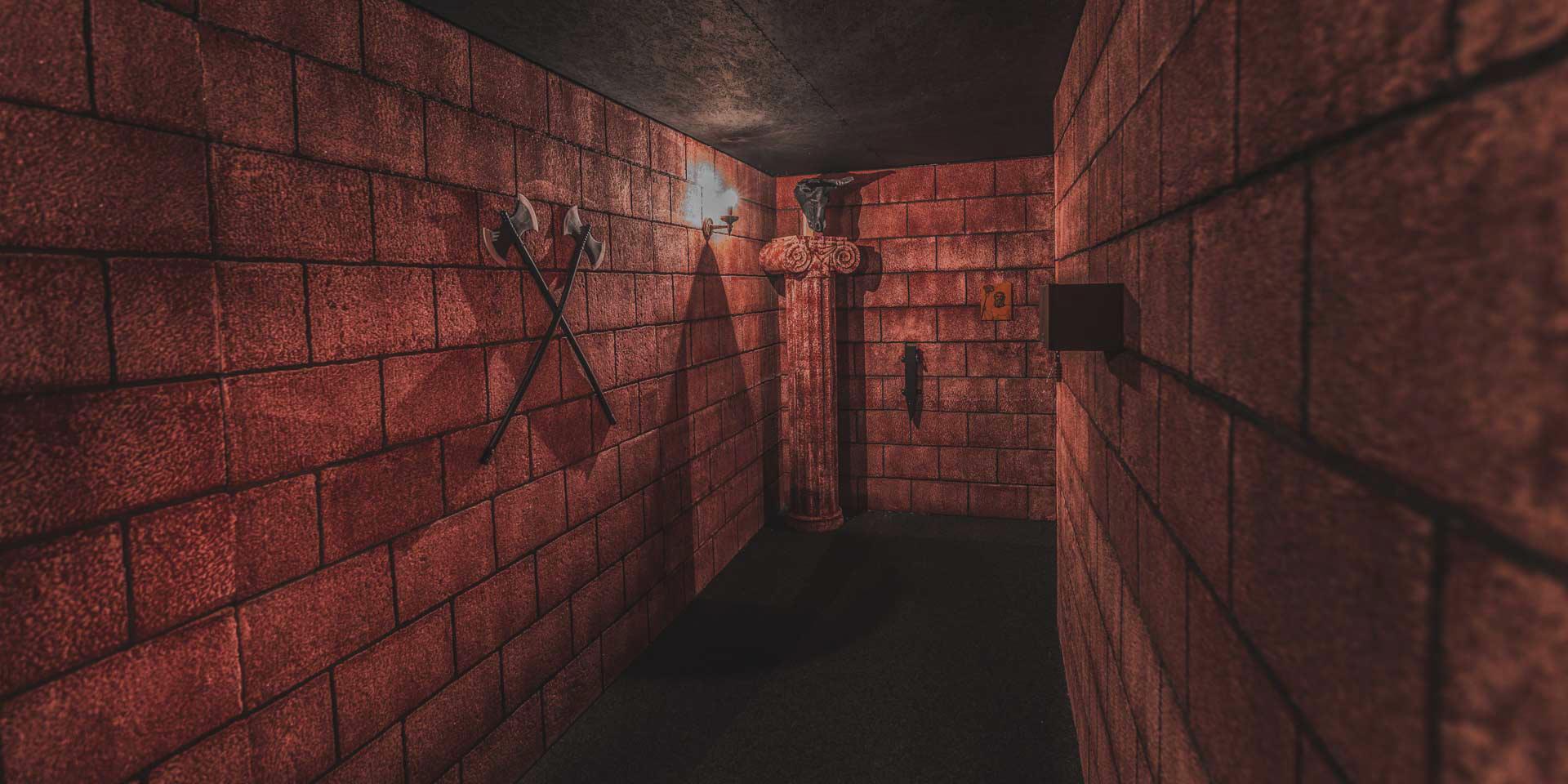 minotaurus-labyrinth-escape-arena-elbepark